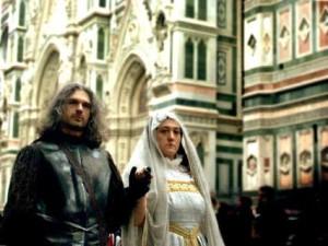 Massimo e Alessandra che sfilano come Giovanni dalle Bande Nere e Maria Salviati